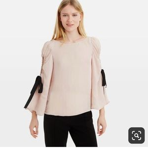 Charming Pink slit sleeve style blouse ❤️❤️